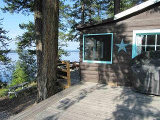 """Main Photo: 50965 CLUCULZ Place in Prince George: Cluculz Lake House for sale in """"CLUCULZ LAKE"""" (PG Rural West (Zone 77))  : MLS®# R2395157"""