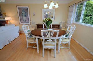 Photo 6: 3402 Henderson Rd in VICTORIA: OB Henderson House for sale (Oak Bay)  : MLS®# 696340