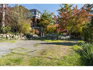 Photo 2: 952 PARKER Street: White Rock House for sale (South Surrey White Rock)  : MLS®# R2114907