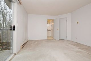 """Photo 14: 2 61 E 23RD Avenue in Vancouver: Main Townhouse for sale in """"61 EAST 23RD AVENUE PLACE"""" (Vancouver East)  : MLS®# R2225680"""