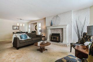Photo 3: 20293 125 Avenue in Maple Ridge: Northwest Maple Ridge House for sale : MLS®# R2137356