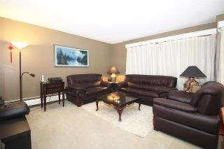 Photo 2: 303 4941 LOUGHEED HIGHWAY in Burnaby: Brentwood Park Condo for sale (Burnaby North)  : MLS®# R2133803
