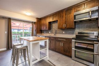 Photo 3: 2604 HARRIER Drive in Coquitlam: Eagle Ridge CQ House for sale : MLS®# R2541943
