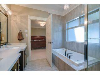 Photo 12: 5856 Cove Reach Rd in Delta: Neilsen Grove House for sale (Ladner)  : MLS®# V1100240