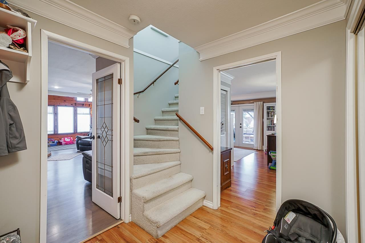 """Photo 3: Photos: 6240 STEVESTON Highway in Richmond: Gilmore House for sale in """"WESTWIND GREENHOUSES"""" : MLS®# R2510505"""