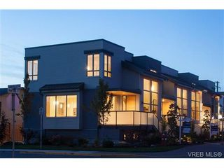 Photo 20: Fee Simple Townhome in Sidney By The Sea