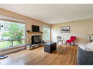 """Photo 6: 1427 160A Street in Surrey: King George Corridor House for sale in """"Ocean Village"""" (South Surrey White Rock)  : MLS®# R2453736"""