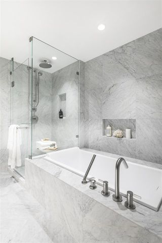 """Photo 13: 2104 1335 HOWE Street in Vancouver: Downtown VW Condo for sale in """"1335 HOWE"""" (Vancouver West)  : MLS®# R2494023"""