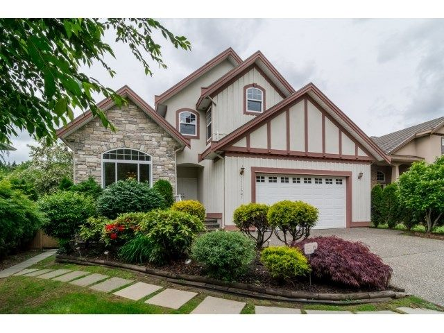 Photo 2: Photos: 11127 156A Street in Surrey: Fraser Heights House for sale (North Surrey)  : MLS®# R2071539