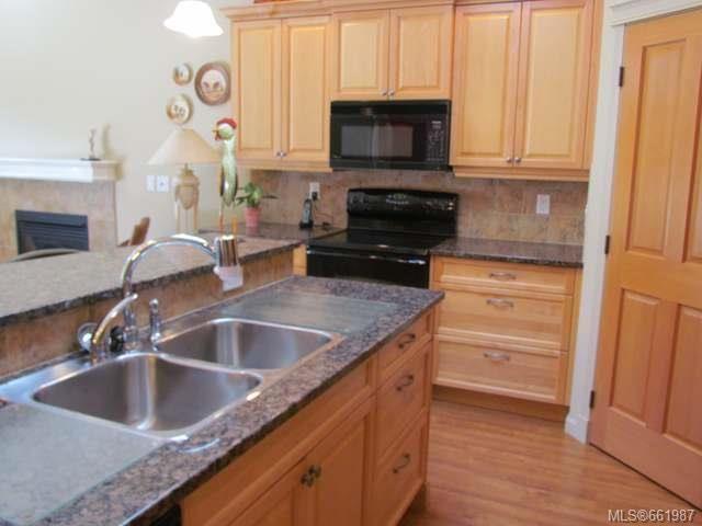 Photo 7: Photos: 5285 Nelsonwoods Pl in NANAIMO: Na North Nanaimo Row/Townhouse for sale (Nanaimo)  : MLS®# 661987