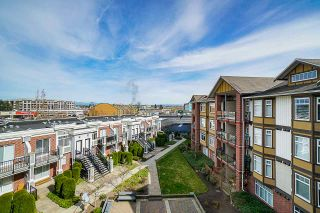 """Photo 11: 453 5660 201A Street in Langley: Langley City Condo for sale in """"Paddington Station"""" : MLS®# R2356475"""