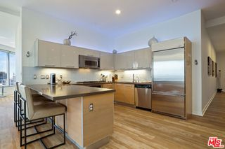 Photo 8: 801 S Grand Avenue Unit 1311 in Los Angeles: Residential for sale (C42 - Downtown L.A.)  : MLS®# 21762892