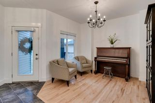 Photo 2: 258 Royal Birkdale Crescent NW in Calgary: Royal Oak Detached for sale : MLS®# A1053937