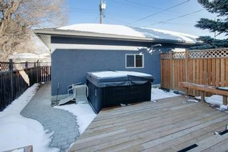 Photo 31: 2010 Broadview Road NW in Calgary: West Hillhurst Semi Detached for sale : MLS®# A1072577