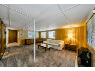 """Photo 13: 108 15875 20 Avenue in Surrey: King George Corridor Manufactured Home for sale in """"Sea Ridge Bays"""" (South Surrey White Rock)  : MLS®# R2512573"""