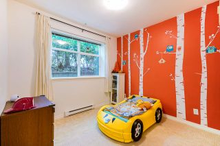 """Photo 21: 2 6878 SOUTHPOINT Drive in Burnaby: South Slope Townhouse for sale in """"Cortina Townhomes"""" (Burnaby South)  : MLS®# R2487318"""