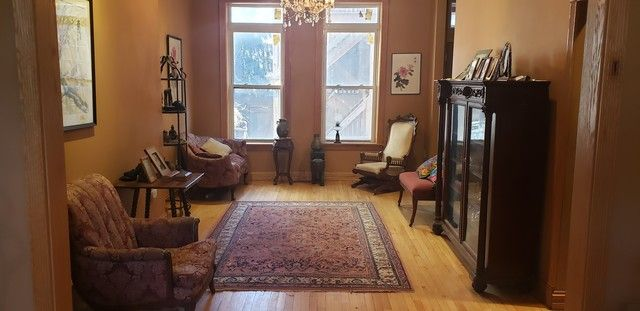 Photo 3: Photos: 1110 Wolcott Avenue in Chicago: CHI - West Town Multi Family (2-4 Units) for sale ()  : MLS®# MRD10672075