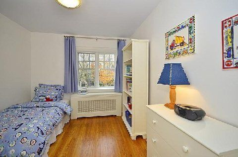 Photo 19: Photos:  in Toronto: Lawrence Park South House (2-Storey) for sale (Toronto C04)  : MLS®# C3062854