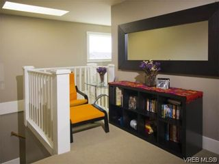 Photo 9: 3355 Sewell Rd in VICTORIA: Co Triangle House for sale (Colwood)  : MLS®# 572108
