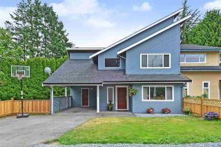 Photo 1: 15956 20 Avenue in Surrey: King George Corridor 1/2 Duplex for sale (South Surrey White Rock)  : MLS®# R2386737