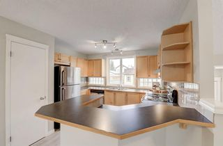 Photo 6: 88 Prestwick Heights SE in Calgary: McKenzie Towne Detached for sale : MLS®# A1153142