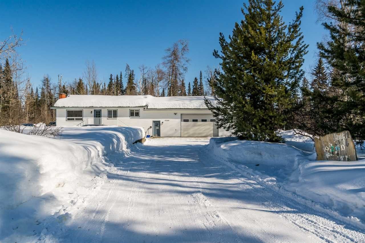 """Main Photo: 9260 FOX Drive in Prince George: North Kelly House for sale in """"Chief Lake Rd"""" (PG City North (Zone 73))  : MLS®# R2445221"""