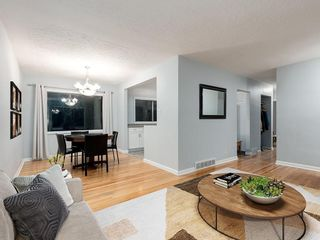 Photo 6: 32 GREENWOOD Crescent SW in Calgary: Glamorgan Detached for sale : MLS®# C4301790