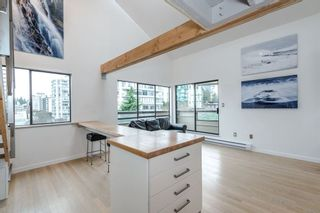 Photo 3: 406 1363 CLYDE AVENUE in West Vancouver: Home for sale : MLS®# R2035971