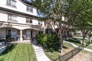 Photo 1: 110 10540 56 Avenue in Edmonton: Zone 15 Townhouse for sale : MLS®# E4262122