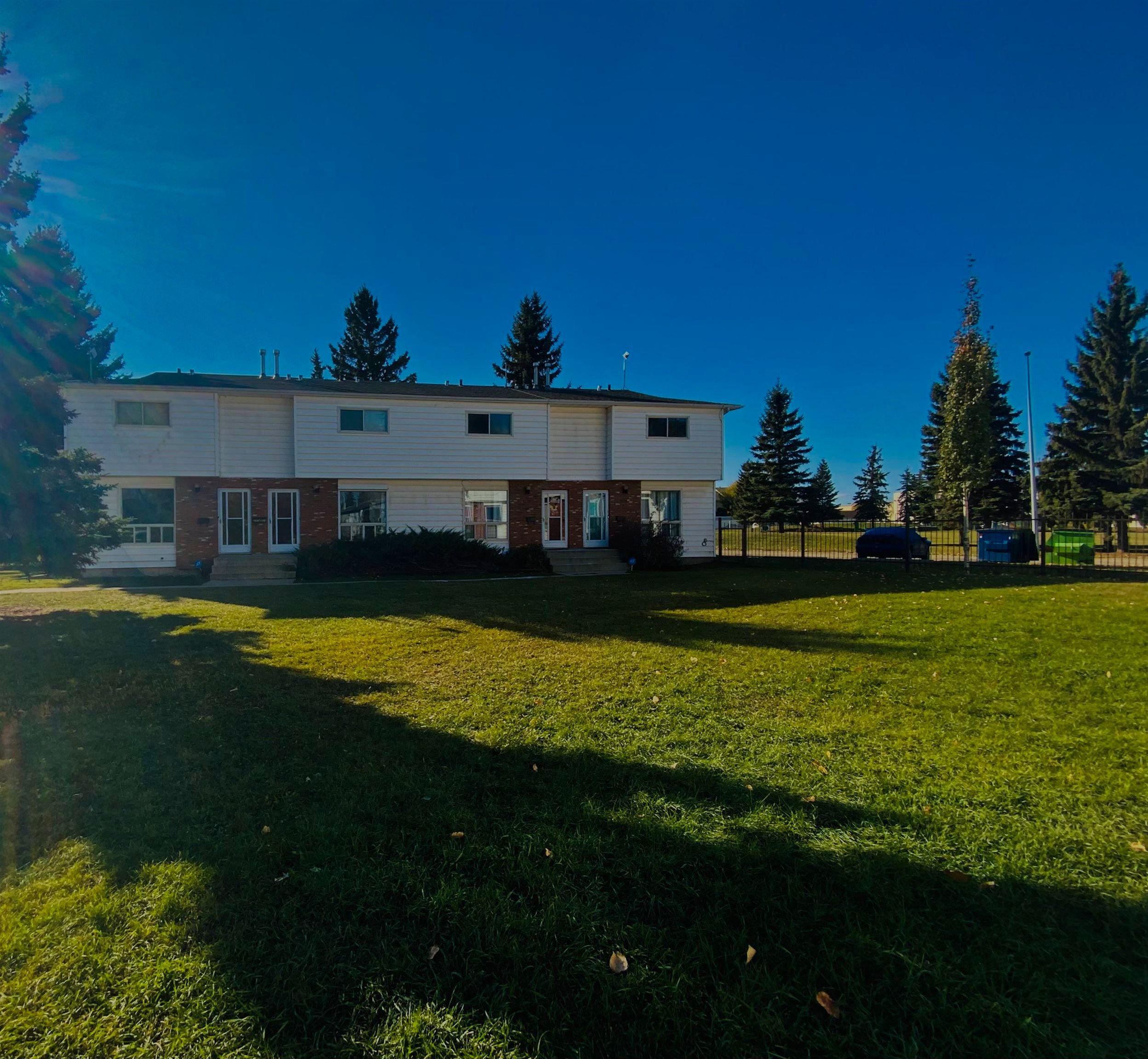 Main Photo: 3778 54 Street: Wetaskiwin House Fourplex for sale : MLS®# E4265854