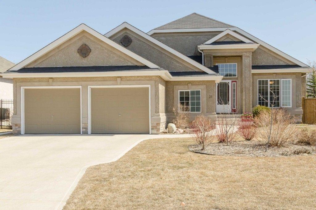 Main Photo: 21 Blue Spruce Road in Oakbank: Single Family Detached for sale : MLS®# 1510109