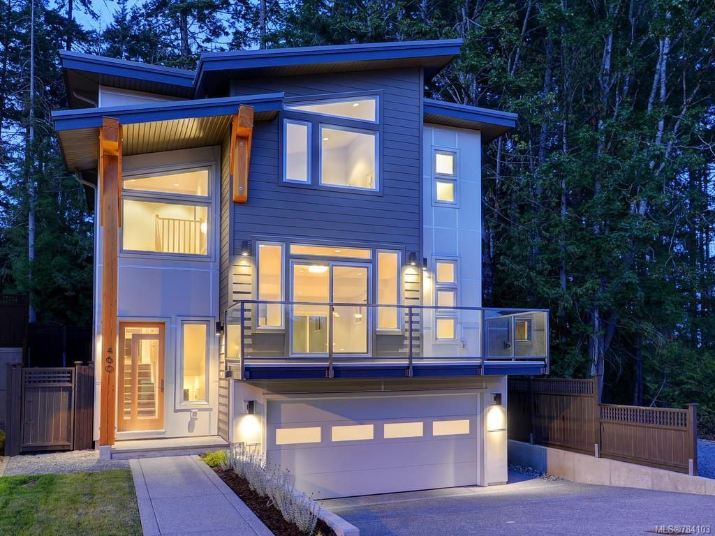 Main Photo: 460 Regency Pl in Colwood: Co Royal Bay House for sale : MLS®# 784103