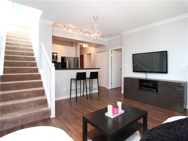 Photo 4: Photos: # 310 928 RICHARDS ST in Vancouver: Yaletown Condo for sale (Vancouver West)  : MLS®# V1057838