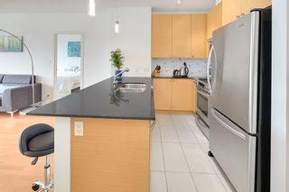Photo 8: 1703 110 BREW STREET in Port Moody: Port Moody Centre Condo for sale : MLS®# R2203942