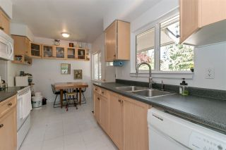 Photo 8: 37 SEAVIEW Drive in Port Moody: College Park PM House for sale : MLS®# R2271859