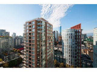 "Photo 5: 2202 969 RICHARDS Street in Vancouver: Downtown VW Condo for sale in ""Mondrian II"" (Vancouver West)  : MLS®# V1093409"
