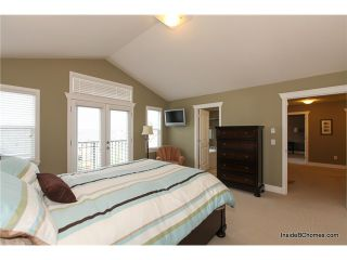 """Photo 8: 6129 164TH Street in Surrey: Cloverdale BC House for sale in """"WEST CLOVERDALE"""" (Cloverdale)  : MLS®# F1403026"""