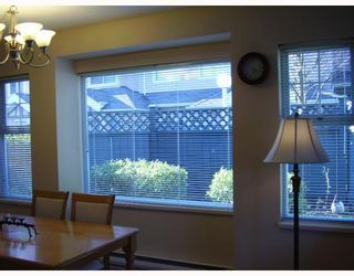 """Photo 4: 38 7433 16TH Street in Burnaby: Edmonds BE Townhouse for sale in """"VILLAGE DEL MAR"""" (Burnaby East)  : MLS®# V672755"""