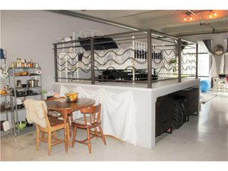 """Photo 6: 204 237 E 4TH Avenue in Vancouver: Mount Pleasant VE Condo for sale in """"THE ARTWORKS"""" (Vancouver East)  : MLS®# V1102209"""