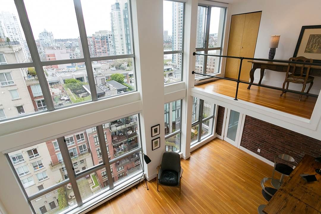 """Main Photo: 1008 1238 RICHARDS Street in Vancouver: Yaletown Condo for sale in """"METROPOLIS"""" (Vancouver West)  : MLS®# R2452504"""