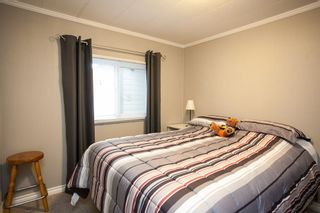 """Photo 14: 138 1840 160 Street in Surrey: King George Corridor Manufactured Home for sale in """"BREAKAWAY BAYS"""" (South Surrey White Rock)  : MLS®# R2010007"""