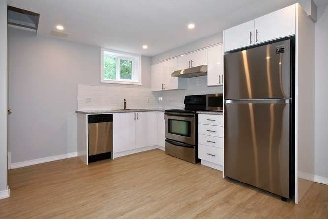 Photo 10: Photos: Lower 14 Furnival Road in Toronto: O'Connor-Parkview House (2-Storey) for lease (Toronto E03)  : MLS®# E4474374