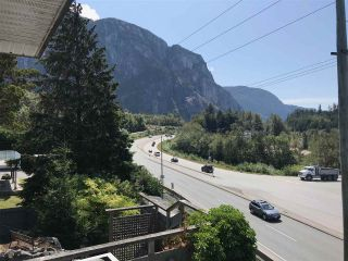 "Photo 9: 38131 HARBOUR VIEW Place in Squamish: Hospital Hill House for sale in ""HOSPITAL HILL"" : MLS®# R2397230"