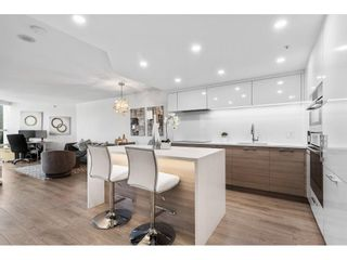 """Photo 5: 1210 1050 BURRARD Street in Vancouver: Downtown VW Condo for sale in """"WALL CENTRE"""" (Vancouver West)  : MLS®# R2587308"""