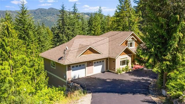 Main Photo: 2415 Waverly Drive, in Blind Bay: House for sale : MLS®# 10238891