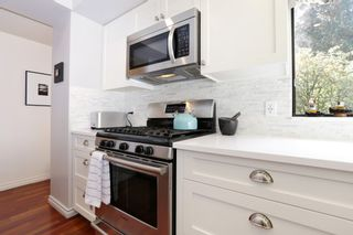 """Photo 17: 822 FREDERICK Road in North Vancouver: Lynn Valley Townhouse for sale in """"Lara Lynn"""" : MLS®# R2214486"""