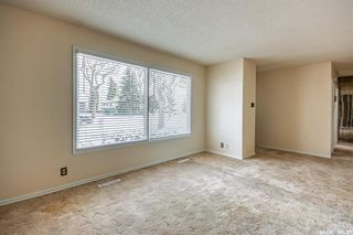 Photo 4: 210 Montreal Street North in Regina: Churchill Downs Residential for sale : MLS®# SK834198