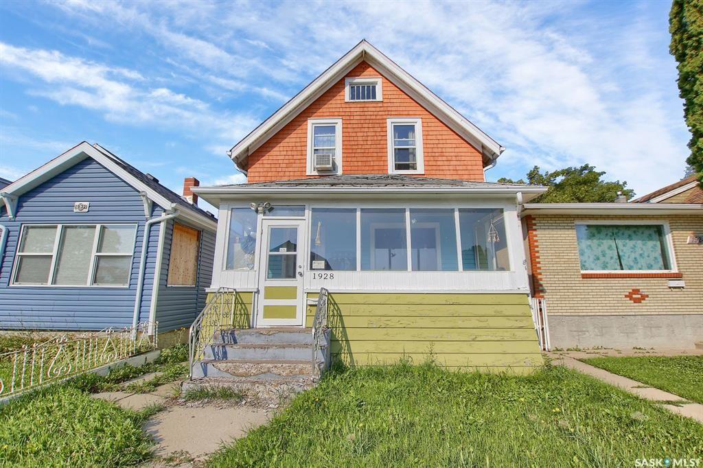 Main Photo: 1928 Atkinson Street in Regina: Broders Annex Residential for sale : MLS®# SK868264