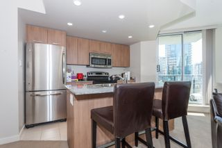"""Photo 11: 605 1212 HOWE Street in Vancouver: Downtown VW Condo for sale in """"1212 Howe"""" (Vancouver West)  : MLS®# R2091992"""