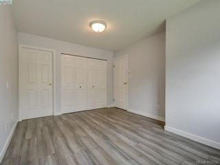Photo 11: 11 515 Mount View Ave in VICTORIA: Co Hatley Park Row/Townhouse for sale (Colwood)  : MLS®# 824724